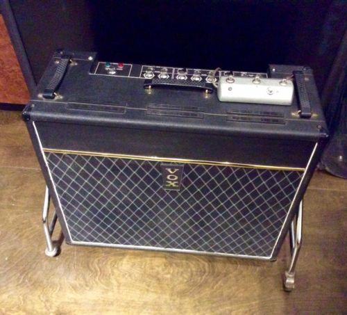 Vintage 1960's Vox Viscount V1153 Solid State Guitar Amplifier 2x12 Bulldog