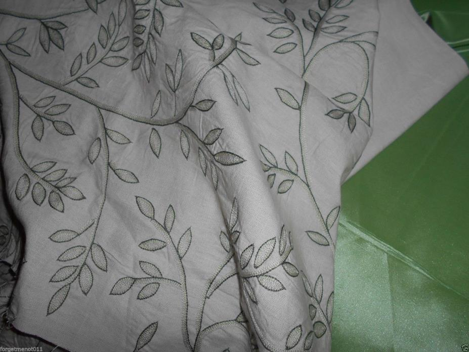 CHELSEA EDITIONS TEXTILES William Morris Leaf Hand Embroidered Remnant