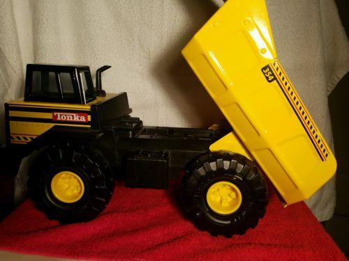 Tonka Mighty Dump Truck 354 Pressed Steel & Plastic Truck, Tonka bulldozer