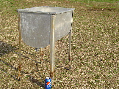 *LPU* Vintage EVER-READY WASH TUB galvanized with stand antique laundry clothes