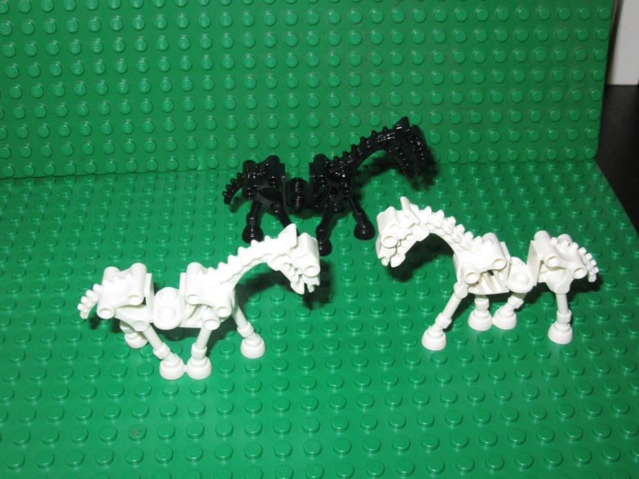 3 LEGO Skeleton Horses Black And White Harry Potter