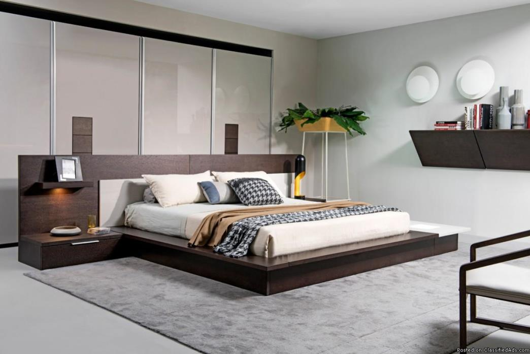 Brown Oak & Grey Platform Bed w/ Lights in Contemporary Style