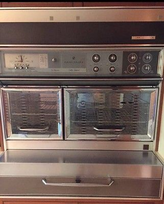 Frigidaire Custom Imperial Flair Antique Stove / Double Oven Works Great!