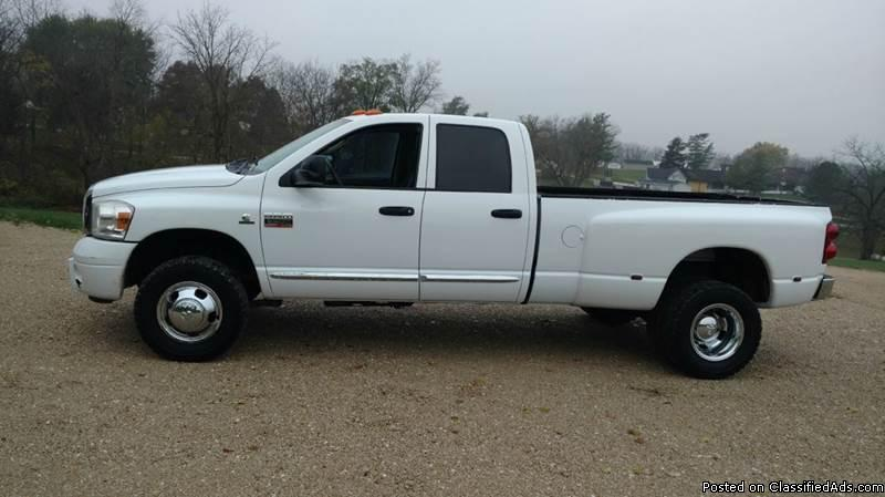 2007 Dodge Ram Duelly Diesel Crew Cab Good tight truck, runs and drives good....