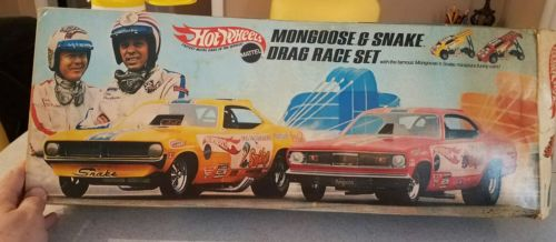 Hot Wheels Mongoose and Snake Drag Race Set boxed used COMPLETE nice