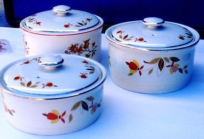 Halls Superior Quality Casserole Dishes