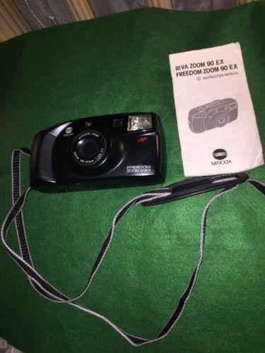VINTAGE Minolta Freedom Zoom 90 AF  35MM Film Camera w/Built-in Flash