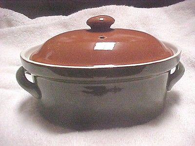 Hall covered casserole dish (pre owned)