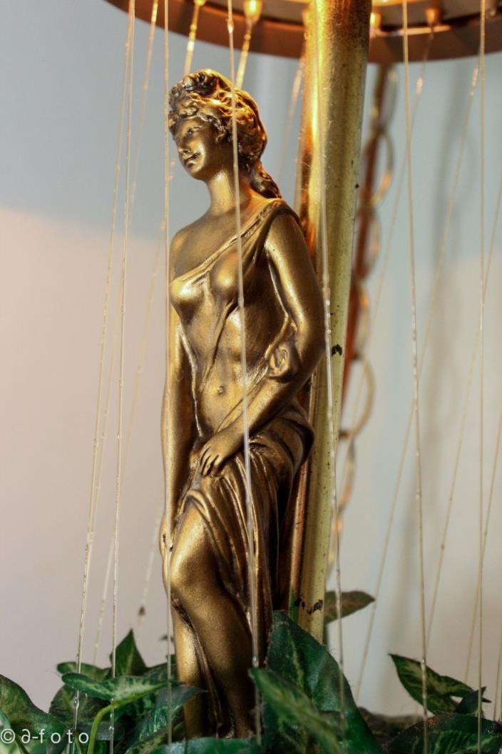 Vintage Greek Goddess Drip Oil Lamp Creators Inc. 1978