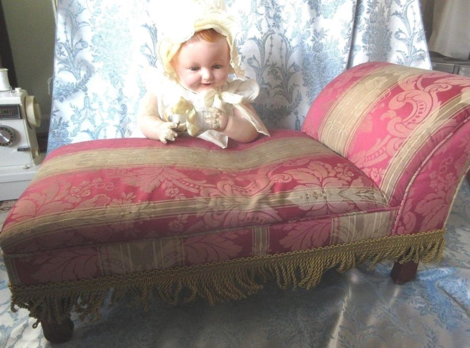 Child Size Victorian Fainting Couch For Sale Classifieds