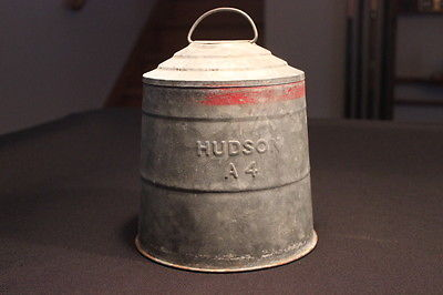 Vintage HUDSON Chicken bird Feeder Waterer Galvanized metal A-4