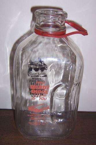 WINDY RIDGE FARM INDIANA, PA - Half Gallon Milk Bottle w/ handle - Black & Red