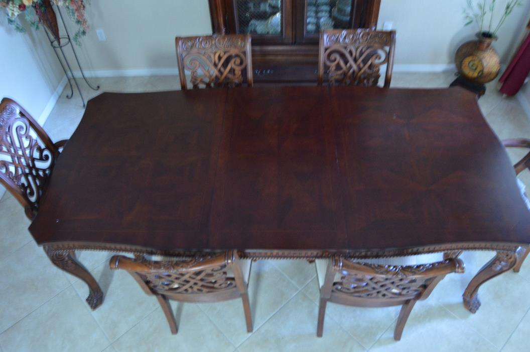 Lexington Dining Room Set, walnut solit wood with Six Chairs and a China Cabinet
