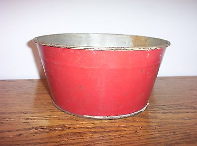 VINTAGE CHILDS SMALL PRIMITIVE Antique METAL WASH TUB IN OLD RED PAINT