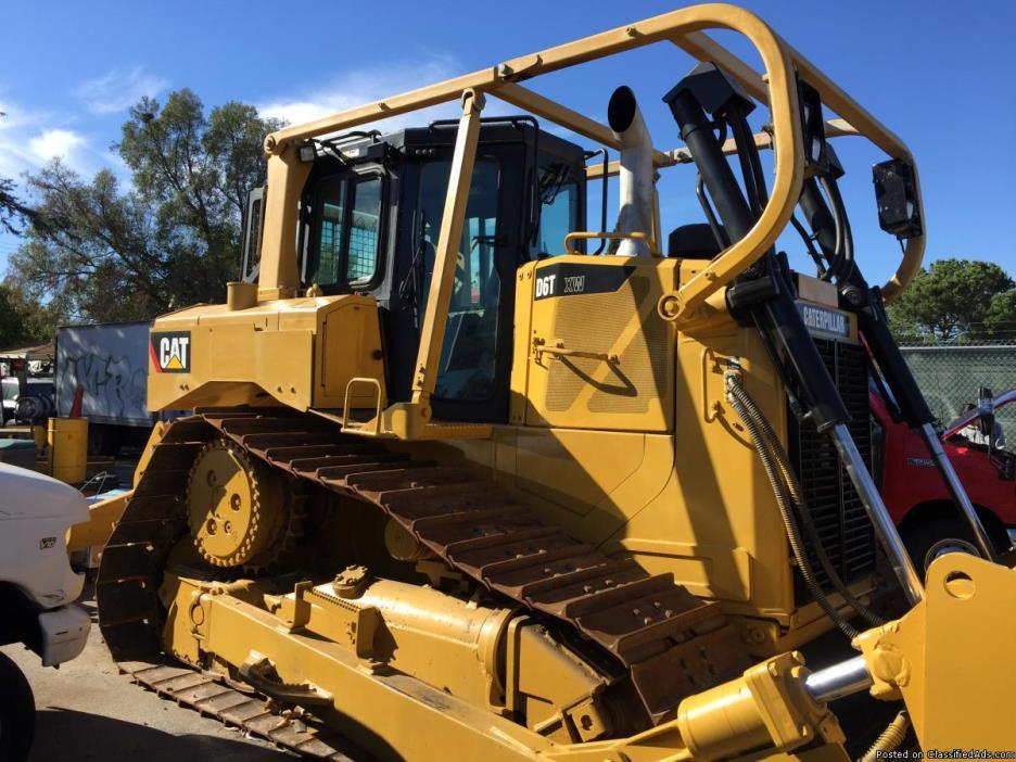 2011 CAT D6T XW