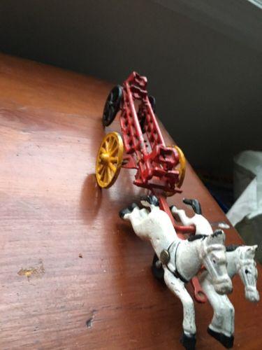 CAST IRON HORSE DRAWN FIRE ENGINE LADDER TRUCK WAGON