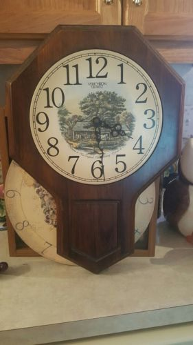 Verichron Quartz wooden wall Clock