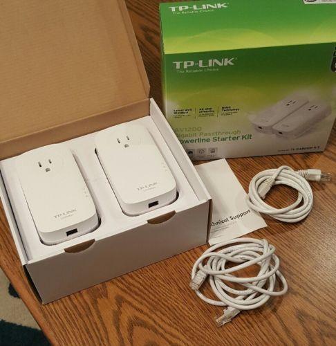 TP-Link Network AV1200 Gigabit Passthrough Powerline Starter Kit (TL-PA8010P)