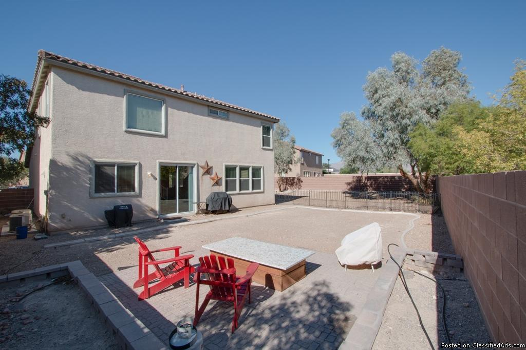 Aliante home with oversize lot at end of cul de sac located near Discovery Park!