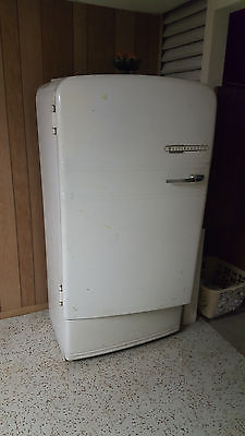 Vintage westinghouse refrigerator