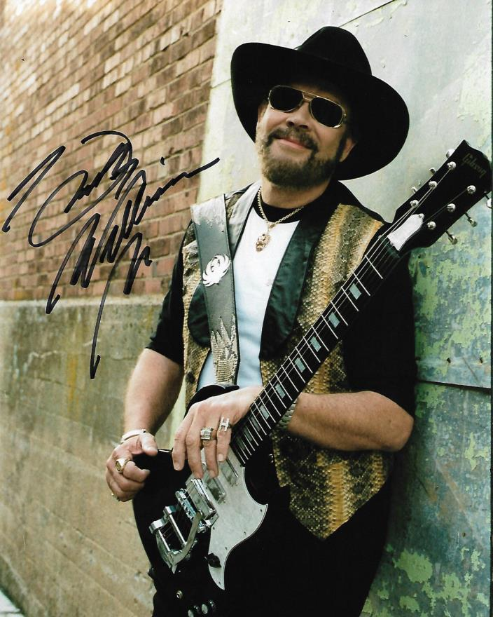 the fame and drug life superstar hank williams jr Hank williams jr liked to live the hard life of a touring musician, much like his father, but has found a way to survive despite a family tradition that made survival anything but guaranteed.