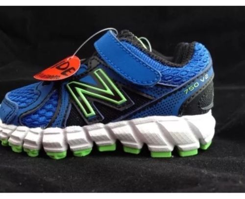Infant Boys  New Balance  Athletic Shoes Size 3 Wide