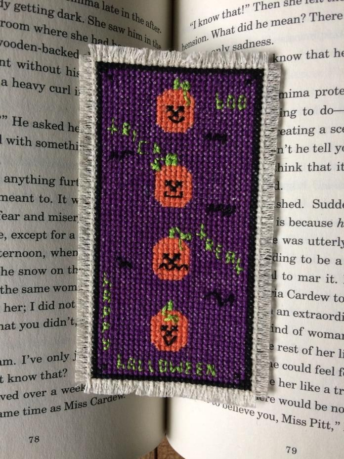 New Handmade Cross Stitch Halloween Bookmark-Pumpkins-Bats-Trick-Treat-Boo-Happy