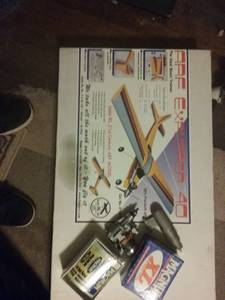radio controlled trainer plane