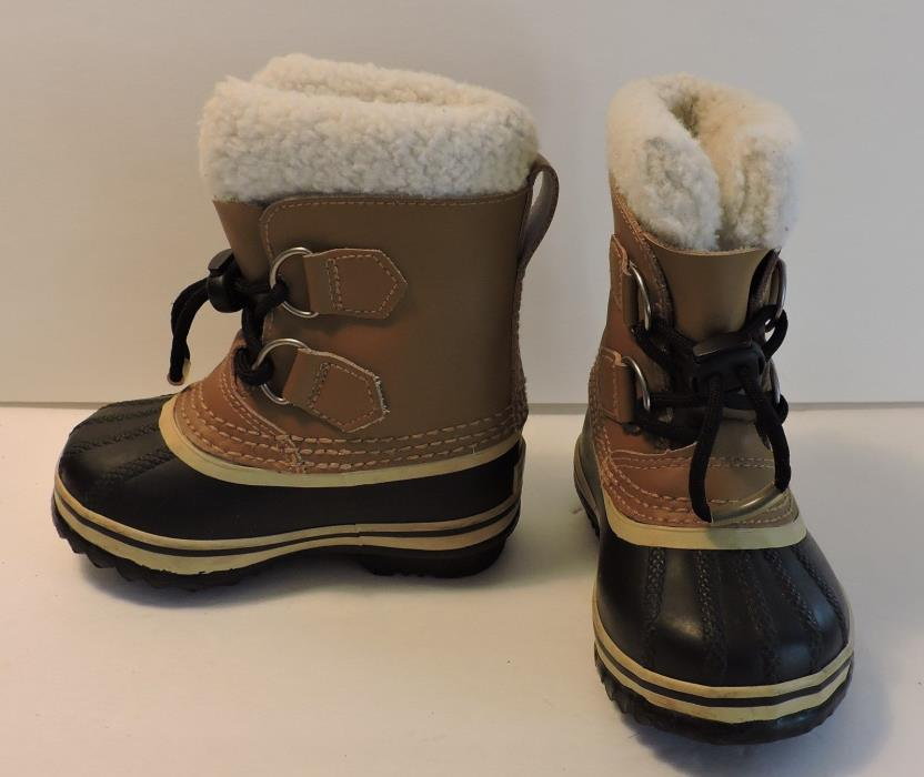 Child's Cold Weather Waterproof SOREL Caribou Boots With Inserts Size 7