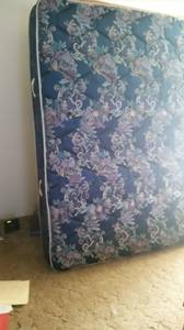 King size mattress and box spring (prague)