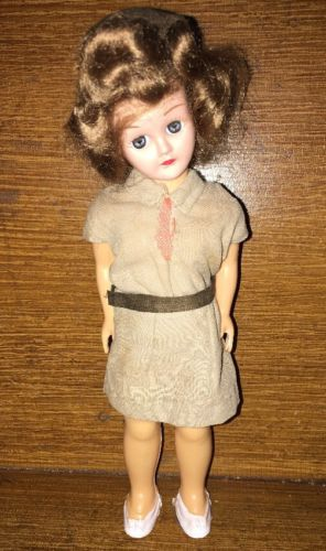 Vintage GIRL SCOUT BROWNIE. Doll 8
