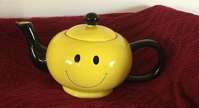 Burton Smiley Teapot black & yellow