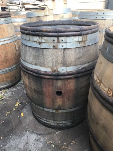 Wine barrel/Wine barrels/ local pick up only