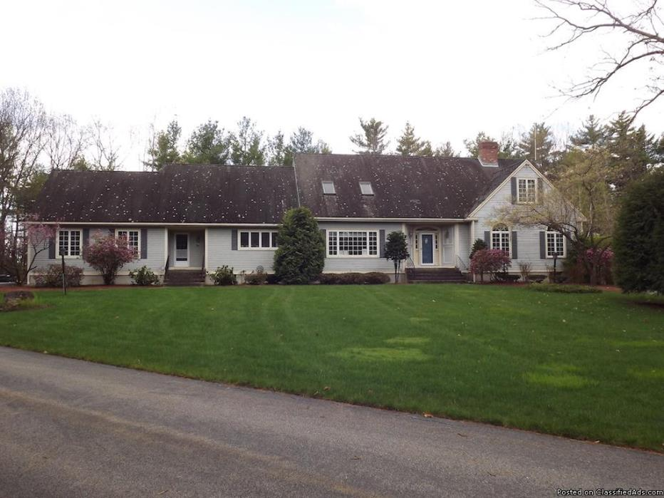 Large House on 6 Acres of Land with Lots of Potential