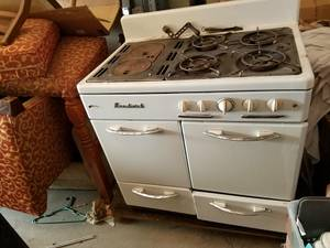 wood/gas stove (up north)