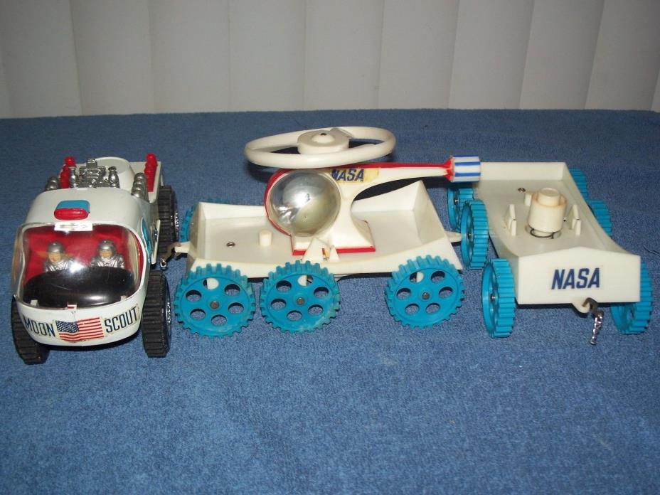 Vintage Moon Scout Nasa Battery Operated Space Vehicle w/ Helicopter by Marx