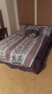 Queen size box spring & mattress (moses lake)