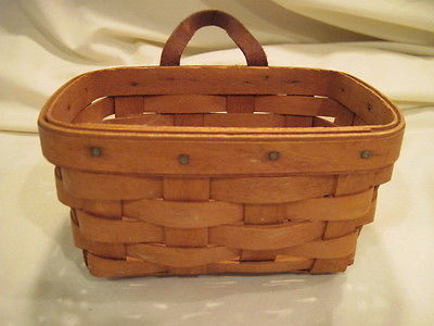Small 1991 Longaberger Basket with Leather Strap
