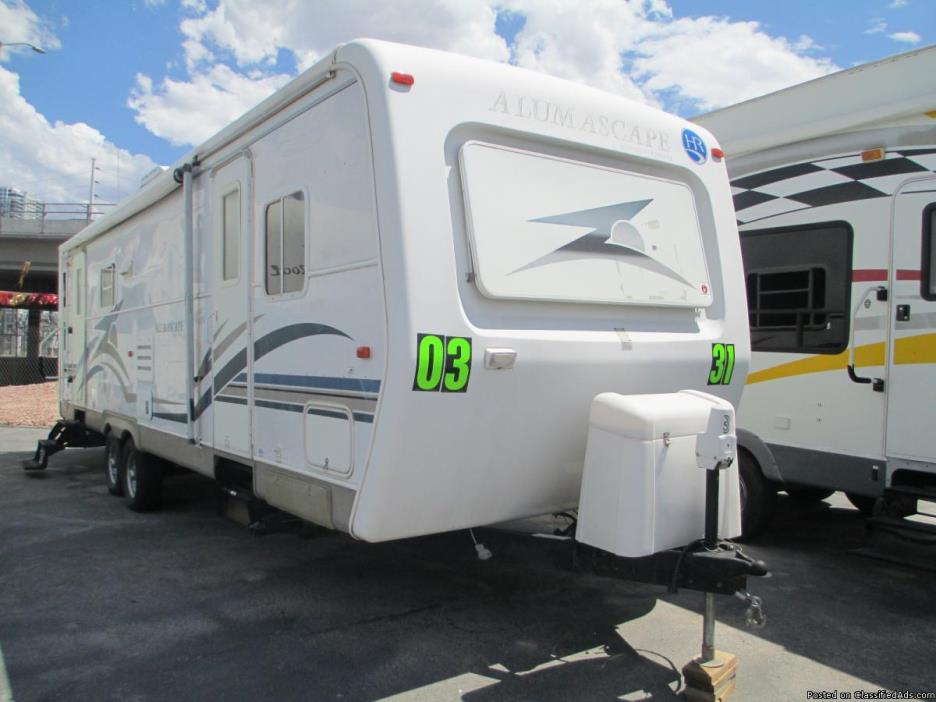 2003 Holiday Rambler 31ft Travel Trailer , Large Slide-out, Quality RV