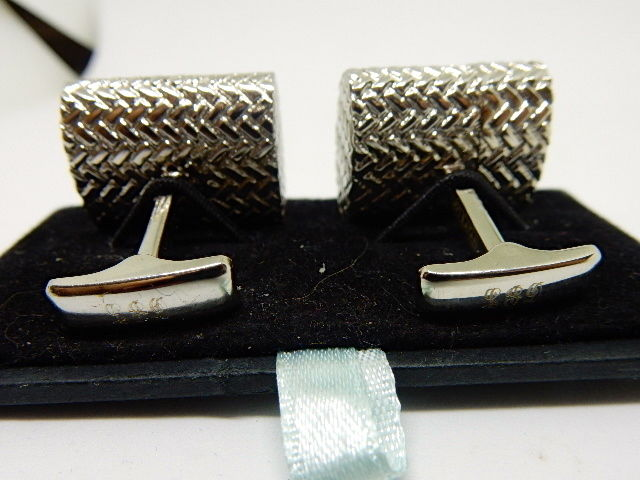 Woven Silver Oval 4GB USB Flash Drive Cufflinks