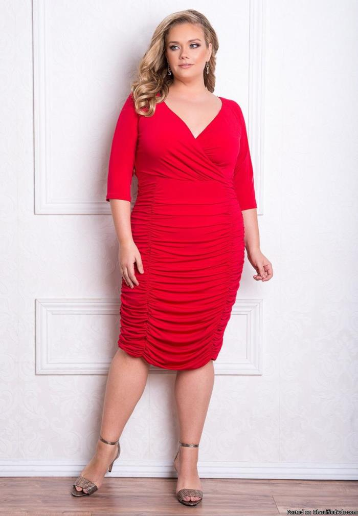 Embrace Your Curves with Beautiful Plus Size Fashions