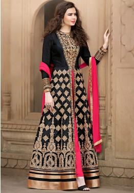 Online women clothing brand Panash India offers best deal.