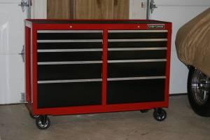 craftsman tool box / work bench (colerain)