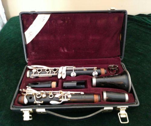 Yamaha Allegro Wooden Clarinet with Original Case