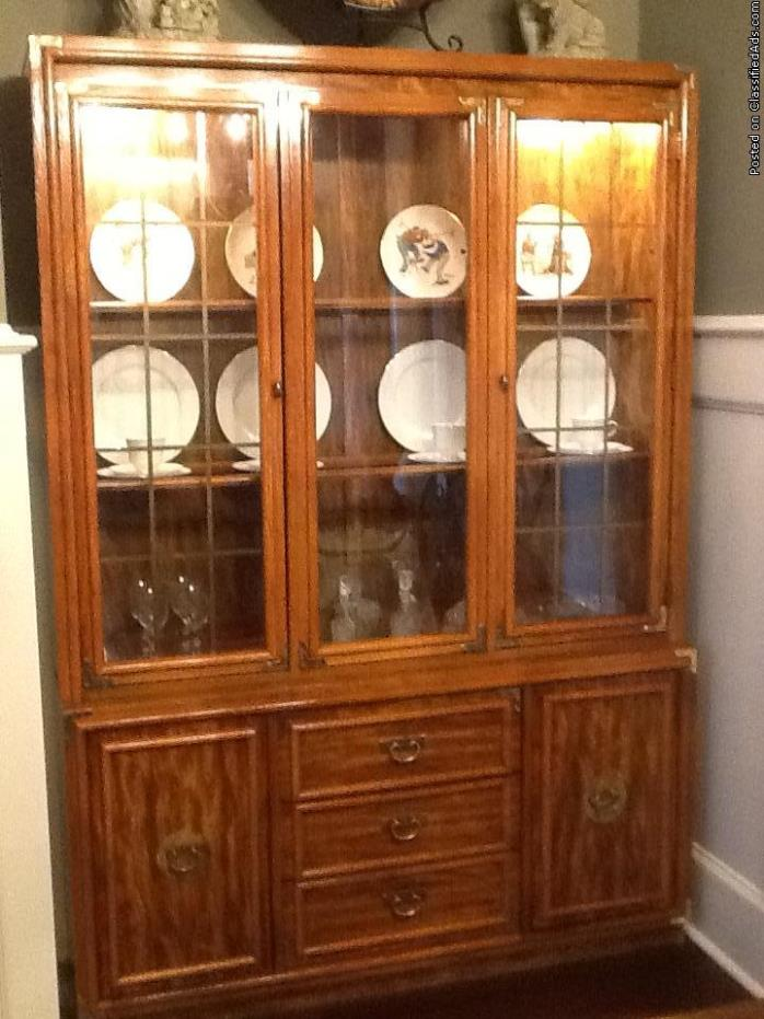 China Hutch with plenty of storage!