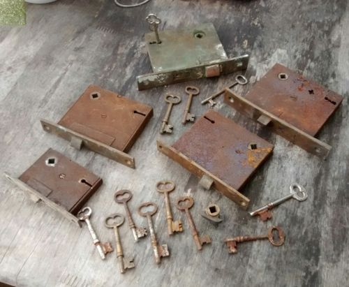 Vintage Lock &  Skeleton Key Lot
