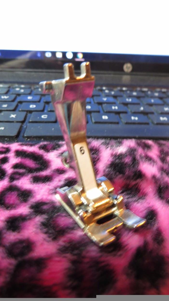 Bernina Walking Foot Old Style - For Sale Classifieds