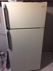 Free Garage Refridgerator (105 N 26th St)