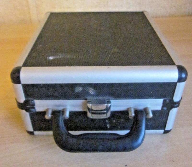 Vintage portable aluminum train makeup case