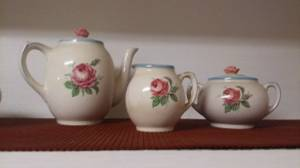 FONDEVILLE TEA SET***** (San Antonio SE)